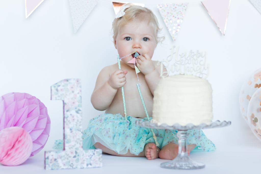 Cake Smash Photographer Northamptonshire