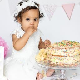 Nyla's Cake Smash Photoshoot