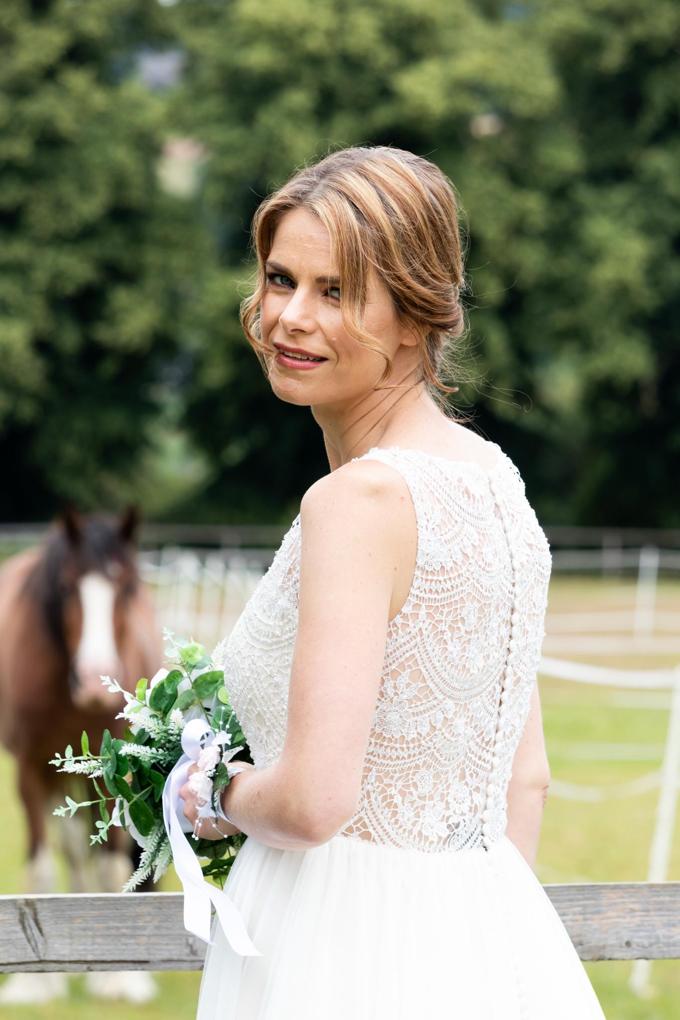 northamptonshire-wedding-dress-shop